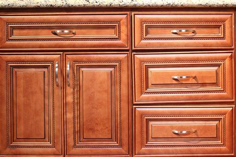 Mocha Glaze Kitchen Cabinet   Kitchen Cabinets South El