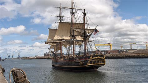 Barco Pirata Hd by Pirate Ship Wallpaper Hd Wallpapersafari