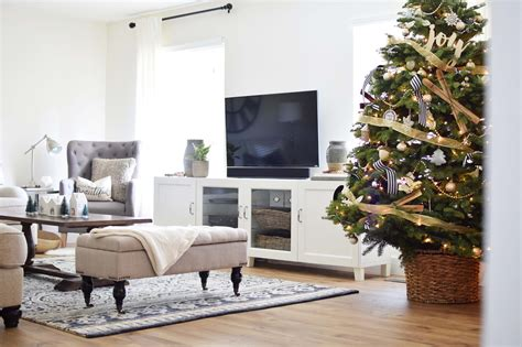 How We Welcome Winter + Our Cozy Living Room Tour