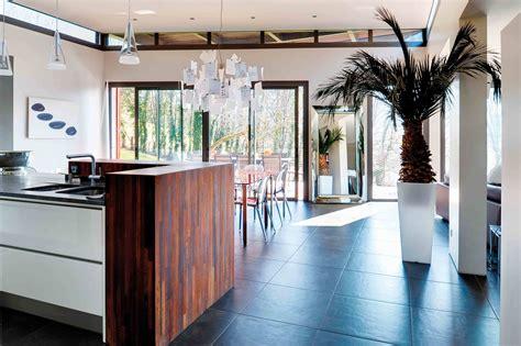 cuisine nature et d ouverte une cuisine ouverte sur la nature cuisines et bains