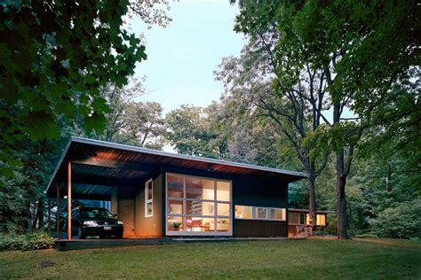 tour andrew franz s mid century modern glass walled hideaway in upstate new york 6sqft