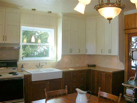 mod鑞e d armoire de cuisine modele de cuisine chetre nos cuisines b nisterie 2000 cabinet modele de