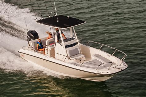 Boston Whaler Dauntless Boats For Sale by 2017 Boston Whaler 240 Dauntless Power Boat For Sale Www