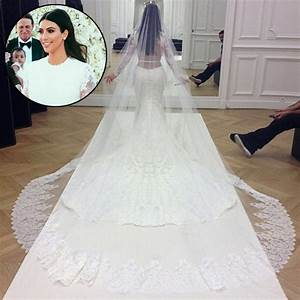 Kim kardashians givenchy wedding gown ripped minutes for Kim kardashian s wedding dress