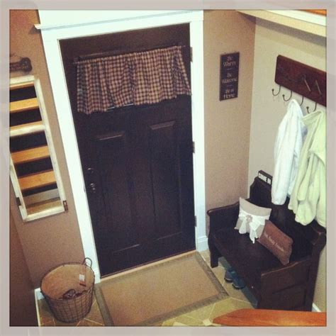 small entryway paint colors curtains