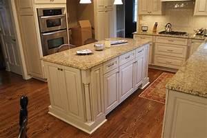 new-venetian-gold-granite-countertops-Spaces-Traditional