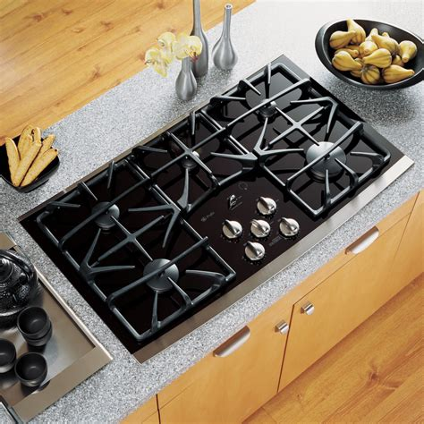ge profile series jgpsekss  ceramic glass gas conventional cooktop  sealed burners