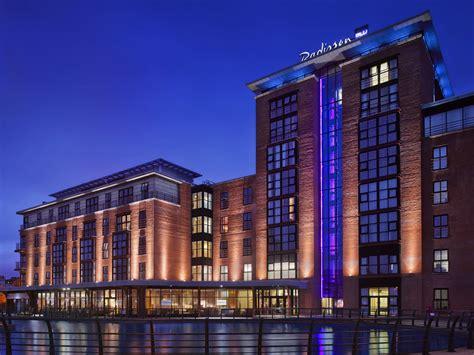Radisson Blu Hotel Belfast 2018 Room Prices, Deals. The Shore Club A Morgans Original Hotel. Bower Farm House. Dar Dubai Hotel. Best Western Hotel Palladio. Parkhotel Bad Bertrich. Confortel Islantilla Hotel. Villa Seeschau. Hotel Kranzbichlhof