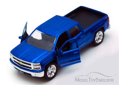 car toy blue chevy silverado pickup truck blue jada toys just trucks