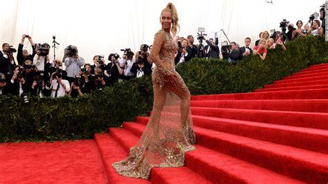 2015 met gala carpet