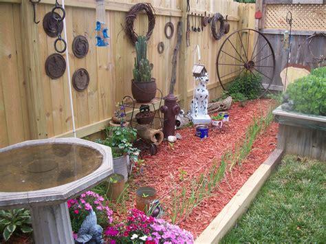rustic garden cool home garden ideas pinterest