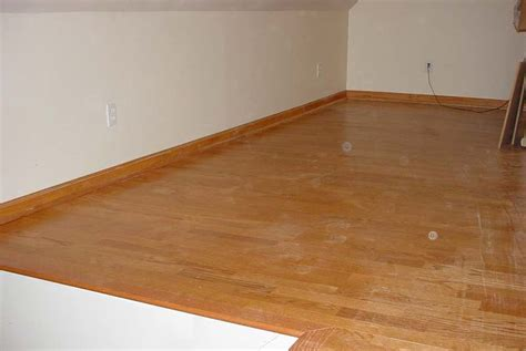 cut laminate flooring with table saw laminate flooring rip laminate flooring circular saw