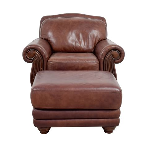 leather chair and ottoman 54 rooms to go rooms to go brown leather chair and