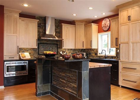 Bridgewood Custom Cabinetry ?Customize cabinets for your
