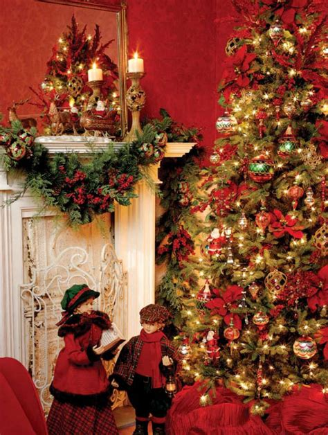 beautifully festive christmas tree themes celebrating