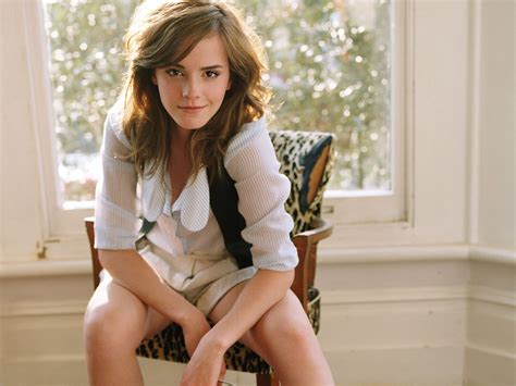 Celebrity Pictures Biography Emma Watson