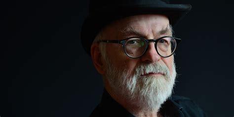 terry pratchett popular fantasy author dead   huffpost