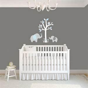 Deco murale chambre bebe pochoir decoration chambre bebe for Charming couleur gris clair peinture 13 pochoir nuage pour deco murale