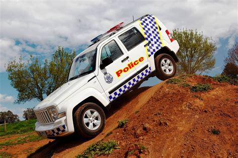 police jeep cherokee jeep cherokee becomes a police car autoevolution