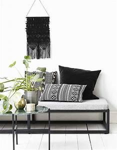 65 idees deco pour accompagner un canape gris elle With tapis ethnique avec canape arena 2