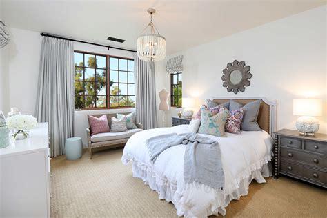 decorate  shabby chic bedroom  bedroom ideas