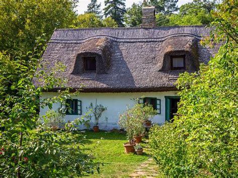 Häuser Kaufen Ungarn Balaton by Immobilien In Ungarn Kaufen Oder Mieten Immowelt De
