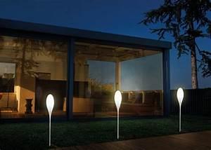 eclairage exterieur des luminaires design marie claire With eclairage allee de jardin 17 lampadaire exterieur design eclairage exterieur