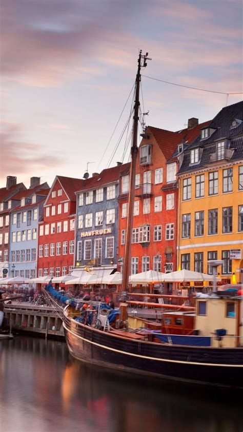 bing copenhagen denmark nyhavn boats wallpaper