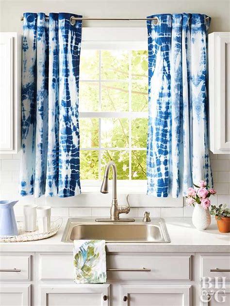 Kitchen Door Window Coverings by 14 Diy Kitchen Window Treatments Better Homes Gardens