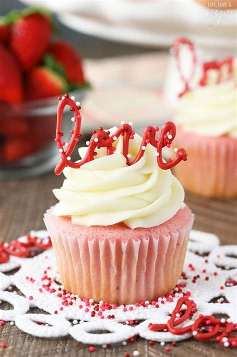 Decorating Ideas For Cupcakes by 40 Cool Cupcake Decorating Ideas
