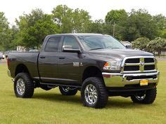 dodge ram  slt  crew cab  lift kit custom