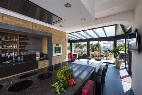 cuisine dans veranda photo cuisine dans une véranda tout ce qu il faut savoir