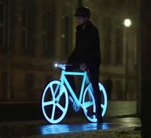Electroluminescent painted bicycles just made night