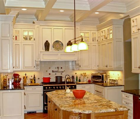kitchen cabinets to the ceiling or not 10 foot ceilings 8 foot cabinets 9662