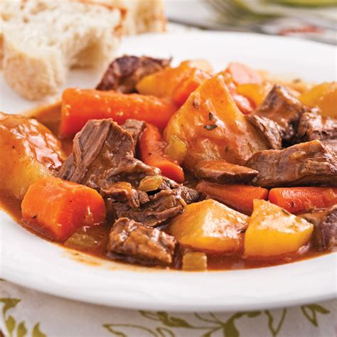 cuisine boeuf mijoté de boeuf aux légumes recettes cuisine et