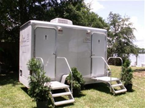stall portable restroom trailers