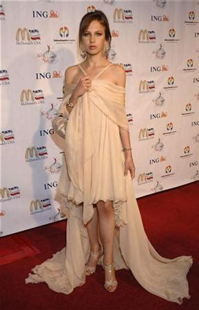 versace heiress battling anorexia  donatella reuters