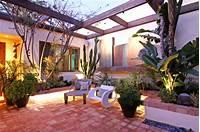 great tropical patio design ideas Courtyard - Tropical - Patio - orange county - by Shelley Gardea