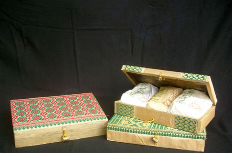 1808 tea gifts for silk box tea gift box with finest assam orthodox green
