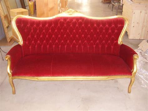 Divano Rosso Velluto : Divano Stile Impero Con Seduta In Velluto Rosso