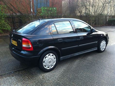 opel astra 2004 2004 vauxhall astra 1 6i club 5dr auto hatchback