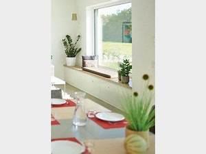 Künstliche Balkonpflanzen Wetterfest : fensterbank zum sitzen fensterbank zum sitzen das ist beim bau zu beachten fensterbank zum ~ Eleganceandgraceweddings.com Haus und Dekorationen