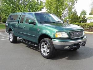 1999 Ford F  4x4 Off Road    Matching Canopy
