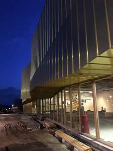 Salle Multi Sport Bioclimatique Decoupe, placage bois et panneaux, sous traitance usinage bois