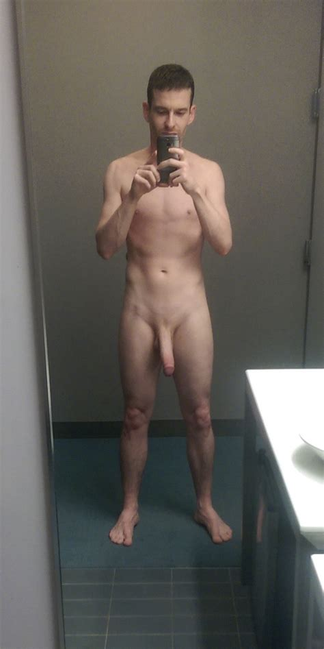 British Gay Davecms Showing Off Big Cock • Mrgays