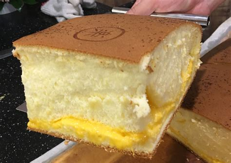 taiwans famous castella cake   town heres