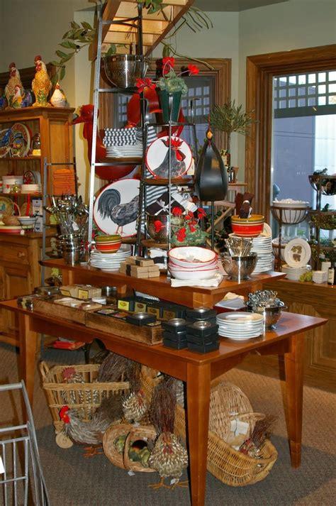 winter displays  heart antique booth displays