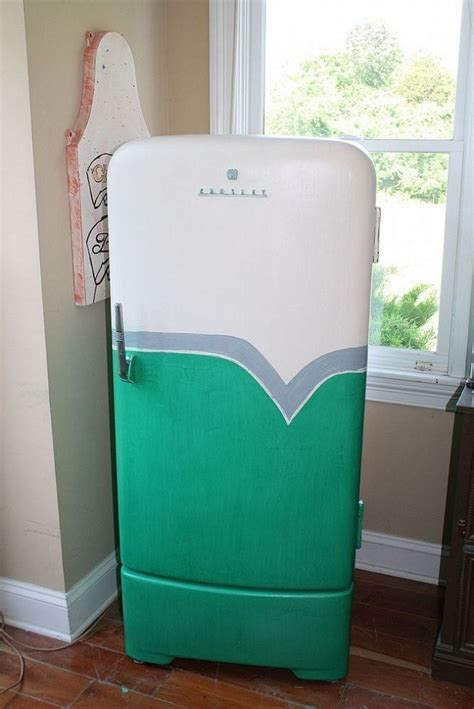 1950?s Retro Fridge Makeover   Brush strokes, Fridge