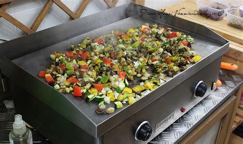 la cuisine a la plancha petits légumes grillés à la plancha aux herbes