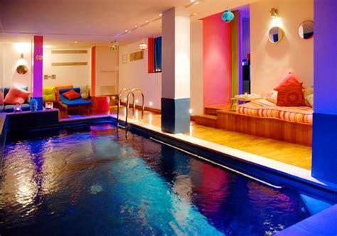 hotel piscine dans la chambre hotel westside arc de triomphe sur hôtel à